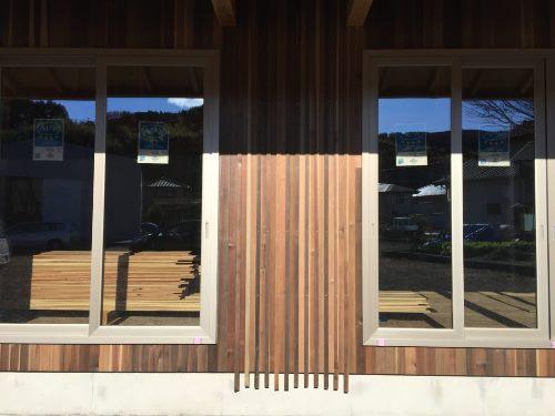 イシモク体験館 外壁(ウッドロングエコ)の様子